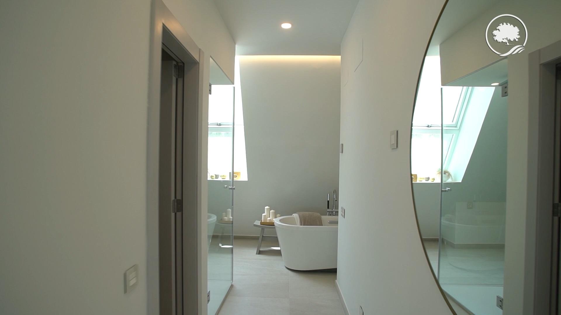 Новые строительные виллы на продажу в Фуэнхирола, Малага