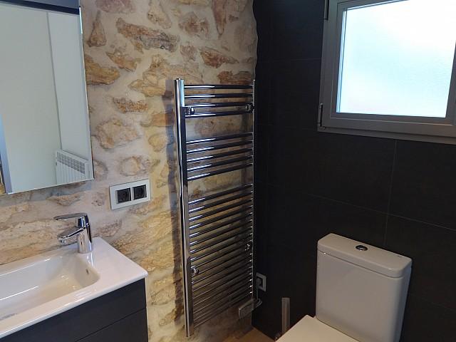 Ванная комната виллы в аренду в Кала Лонжа