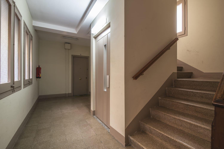 Квартира с ремонтом в Сант Марти, Барселона