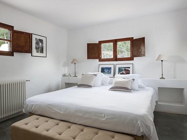 Светлая спальня виллы в аренду в Сан Хосе