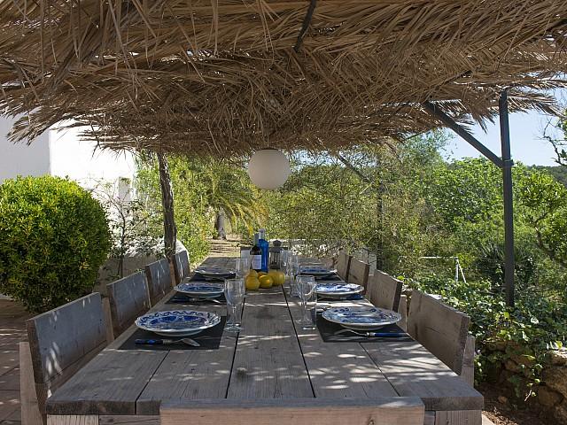 Летняя столовая виллы в аренду в Сан Хосе