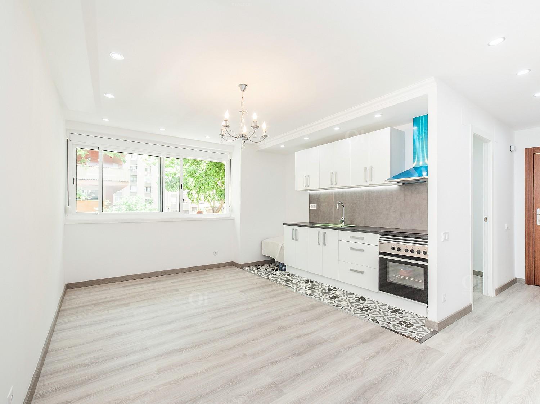 Продается новая строительная квартира в Сан Мартин де Провансаль, Барселона.