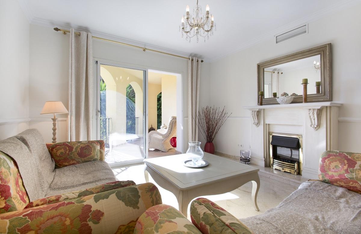 Квартира на продажу в Guadalmina Alta, Марбелья, Малага
