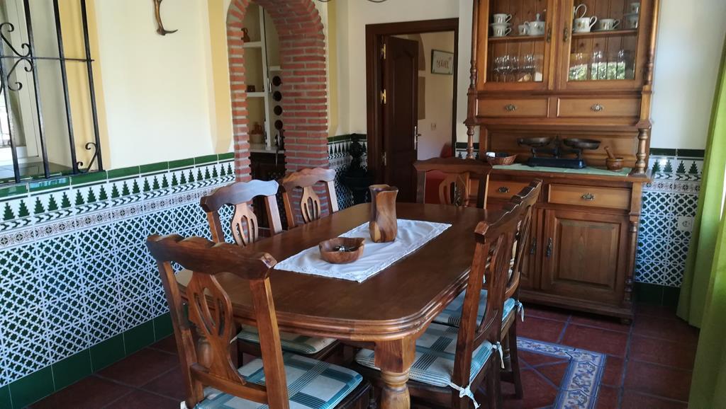 Загородный дом на продажу в Эстепона, Малага