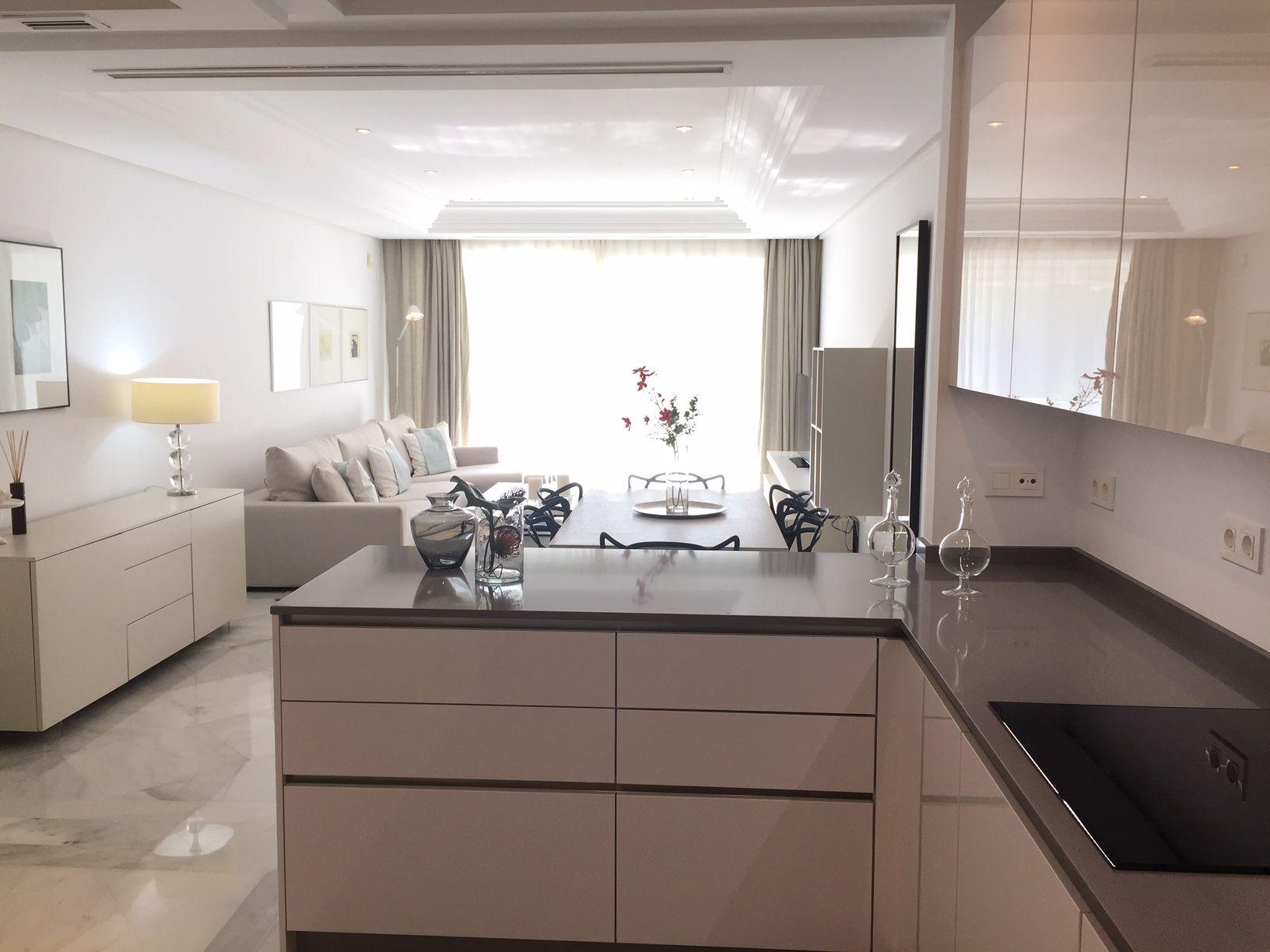Продается квартира в ЗОЛОТОЙ МИЛЕ в Марбелье, Малага