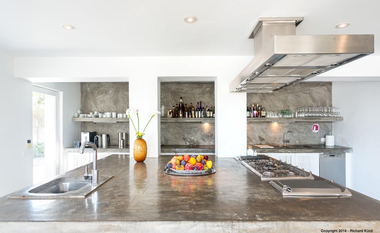 Cocina moderna, amplia, completamente equipada