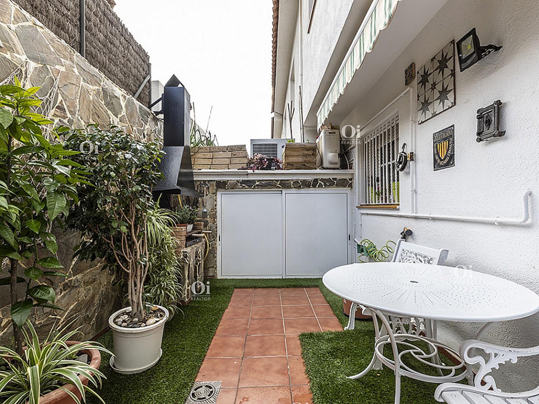 Дом в центре Сант Андреу де Льяванерес.
