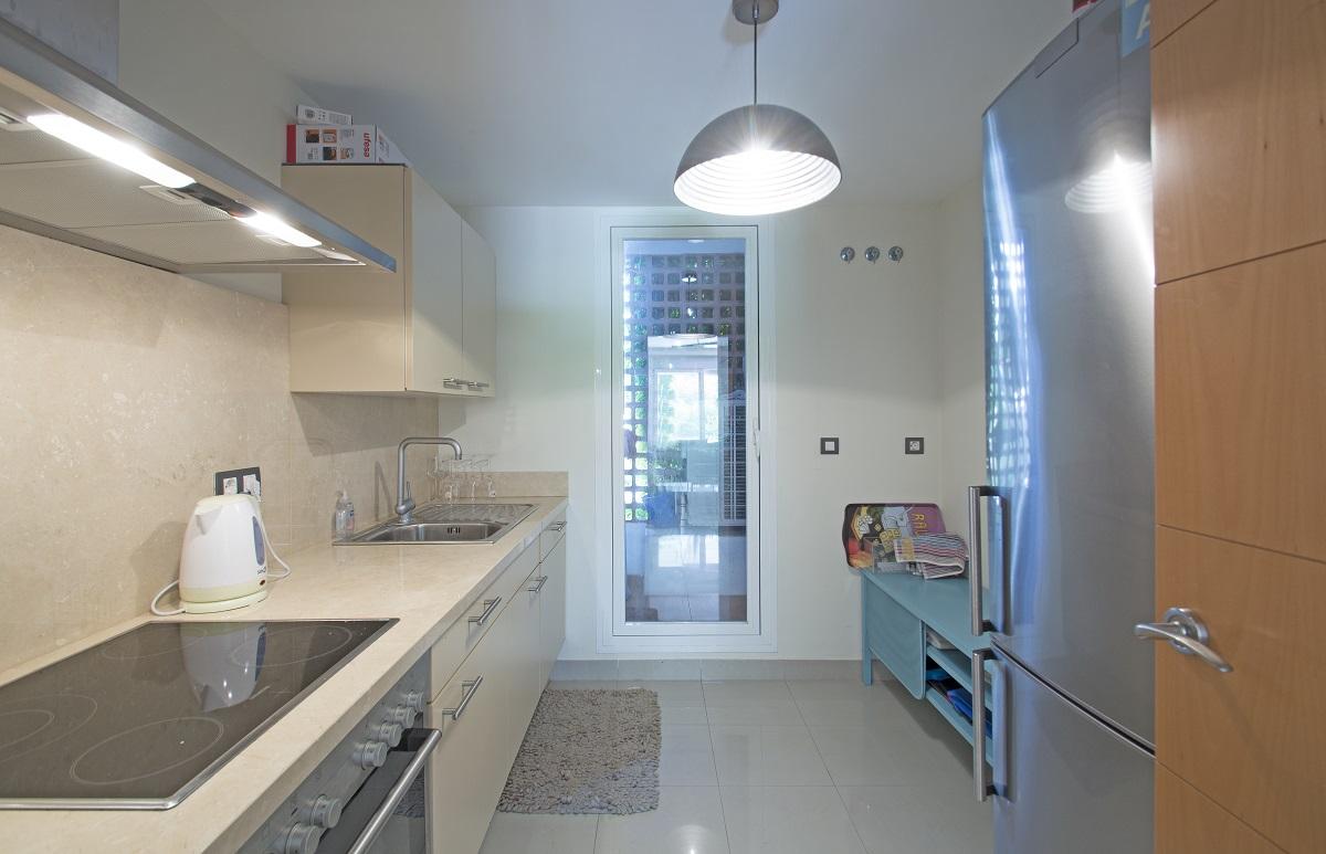 Квартира на продажу в El Paraiso, Эстепона, Малага