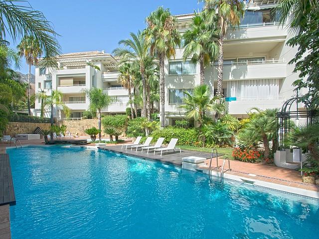 Luxury Apartment for Sale in Nagüeles, Marbella, Málaga