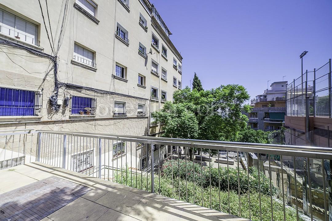 Квартира на продажу в Орта-Гинардо, Барселона.