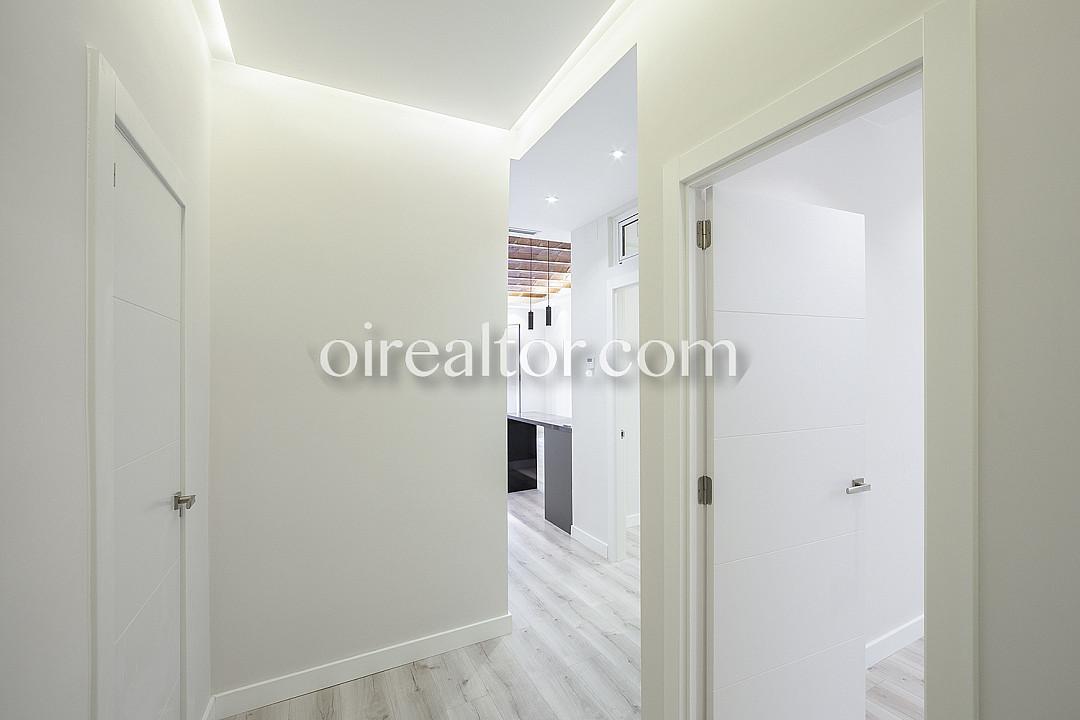 Продается квартира в районе Эшампле Правый, Барселона.