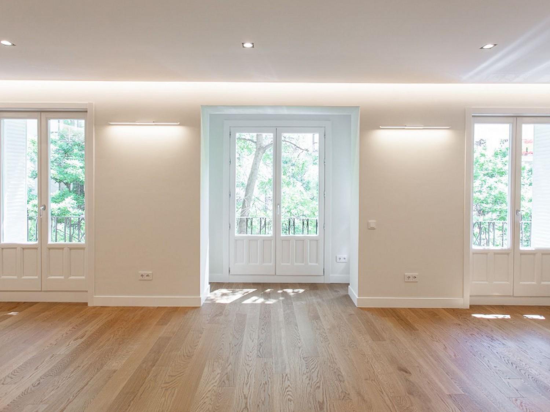 Красивая квартира на продажу с ремонтом в Реколетос.
