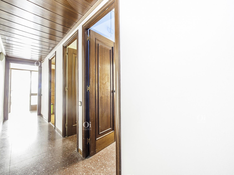 Просторная квартира для реформирования в Форт Пенц, Барселона