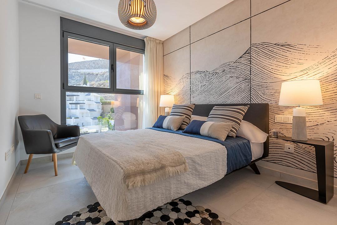 Новые строительные квартиры на продажу в Бенахавис, Малага