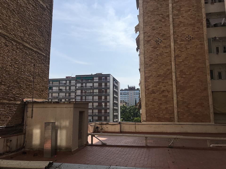 Продается квартира в районе Педральбес, Барселона.