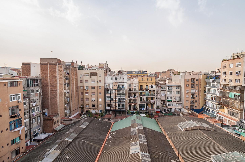 C lido y soleado piso reformado en venta en eixample for Pisos de bankia barcelona
