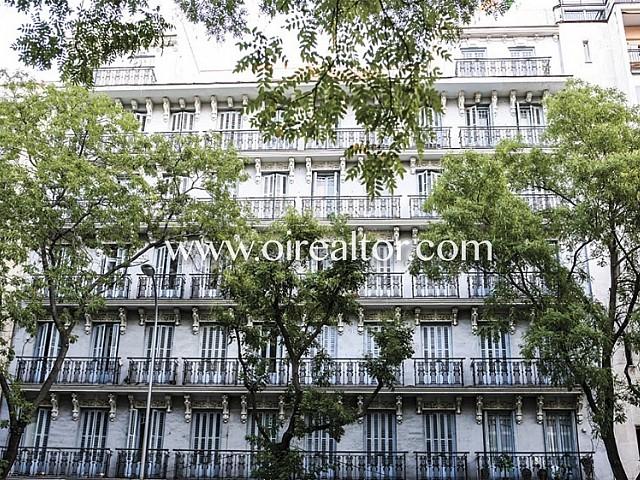 Edificio en venta en Chamberí, Madrid