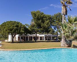 Maravillosa casa rústica en alquiler en la colina de Sa Caleta, Ibiza