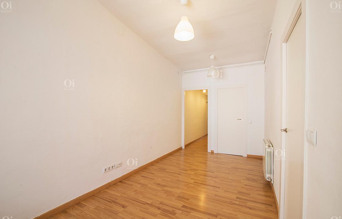 Продается квартира в районе Эль Борн, Барселона.