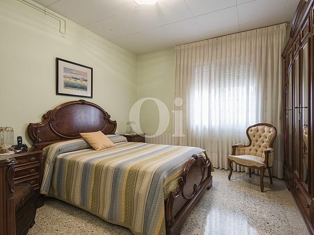 Dormitori ampli i solejat