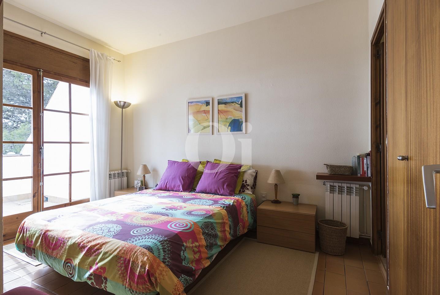 Dormitorio amplio y luminoso