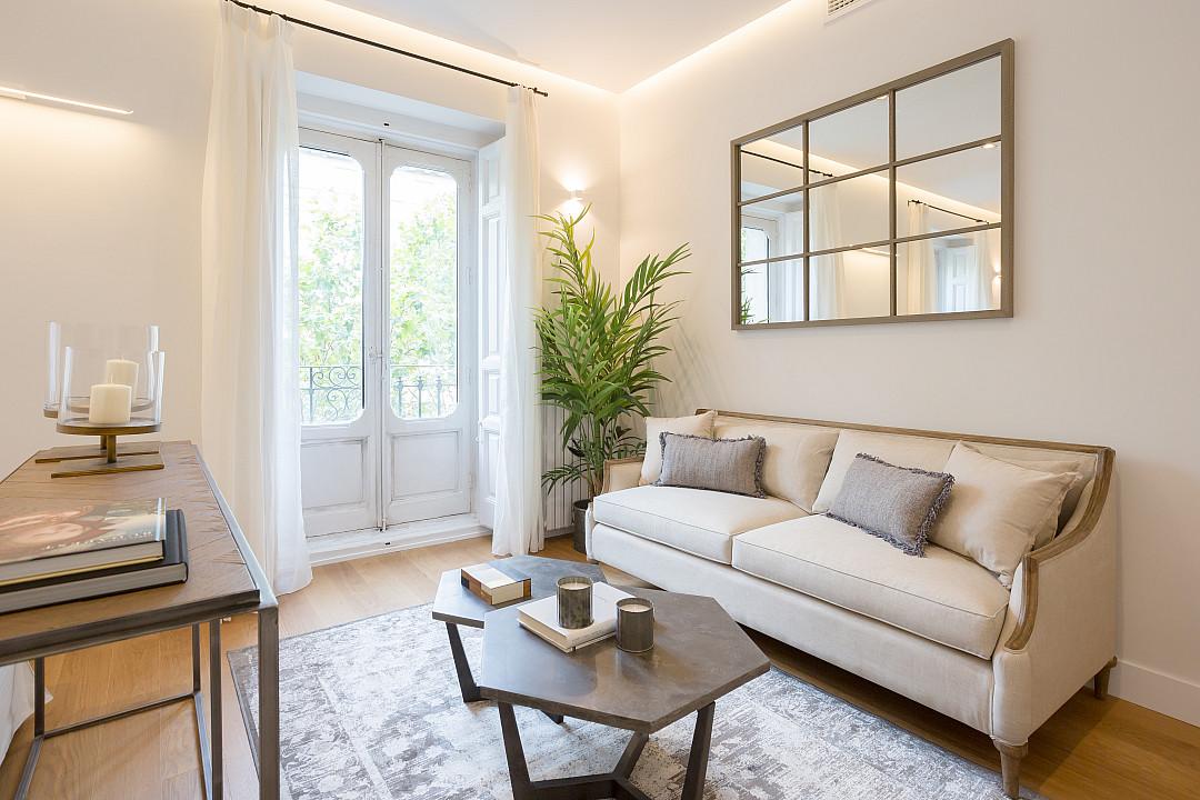 Продается квартира с ремонтом в красивом районе Реколетос, Мадрид.