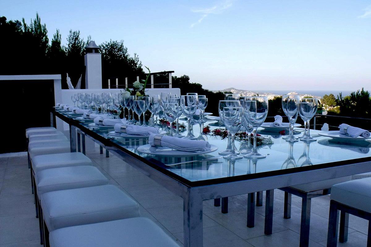 Летняя столовая виллы в аренду в Эс Салинас