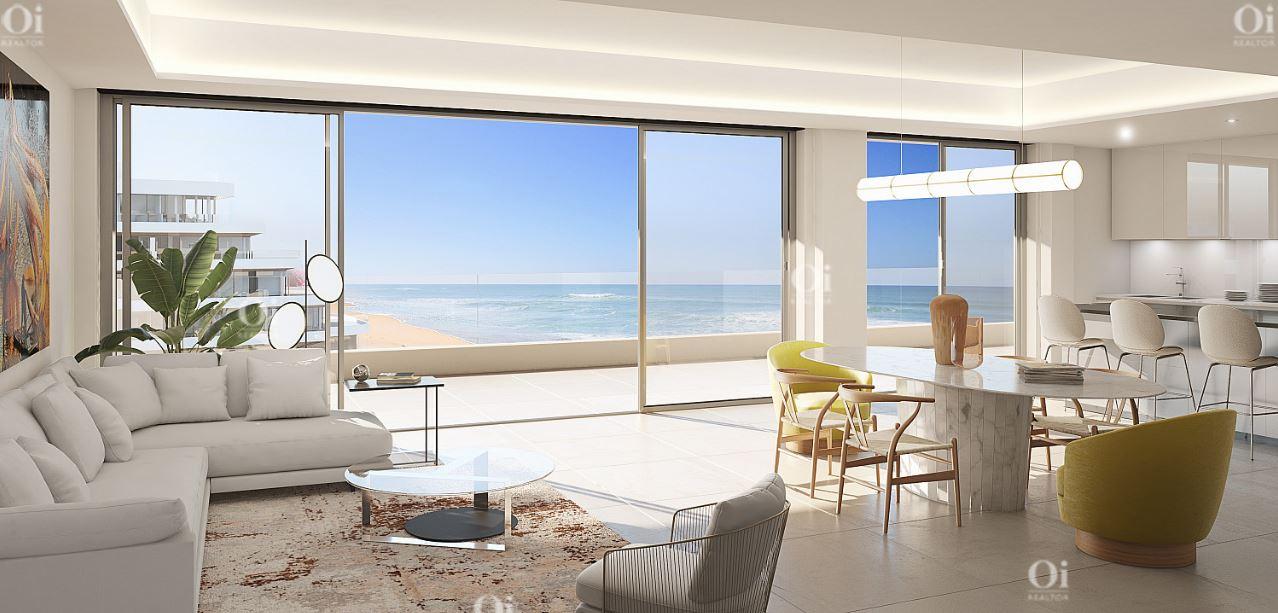 Квартира на первой линии моря на продажу в Торремолиносе, Малага