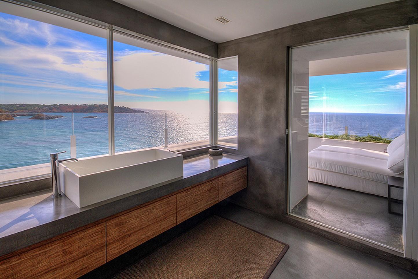 Ванная комната виллы в аренду в Виста Алегре