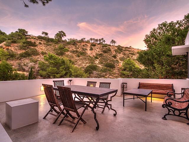 Menjador d'estiu a la terrassa