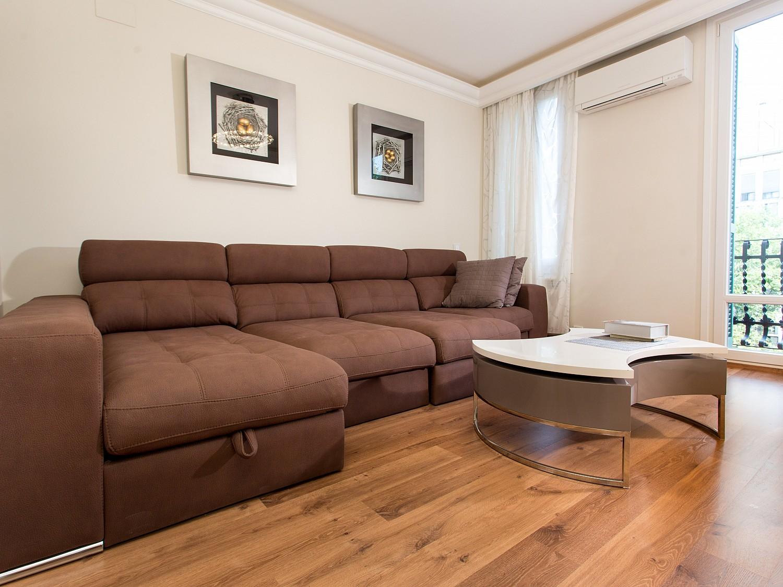 Квартира на продажу на Gran Via de les Corts Catalanes, 440