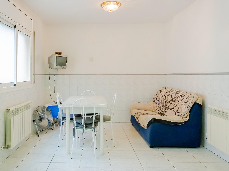 Очаровательный дом с отдельной квартирой в Сан-Фелиу-де-Гишольс