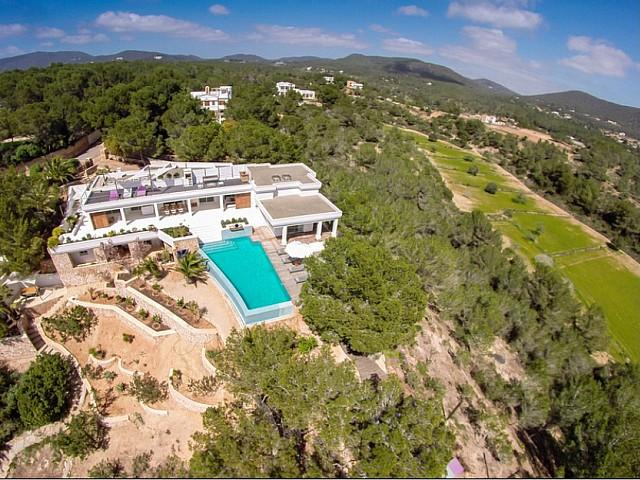 Impressionant vila en lloguer de curta estada a Eivissa