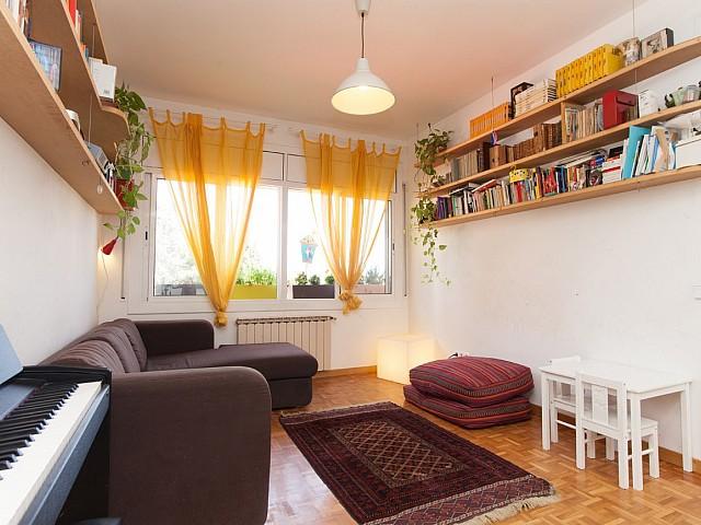 Красивая квартира в аренду в районе Грасиа, Барселона.