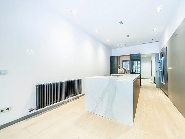 Venda de pis nou a la Rambla Barcelona