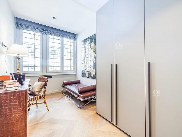 Verkauf von 2 .. neue und möblierte Wohnung in der Via Layetana