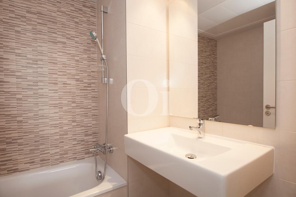 Ванная комната квартиры на продажу в Готическом квартале