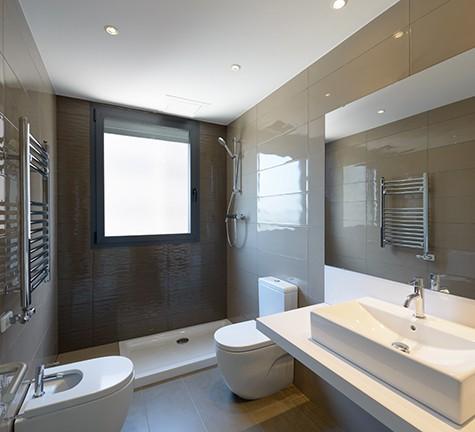 Ванная комната квартиры на продажу в Диагональ Мар