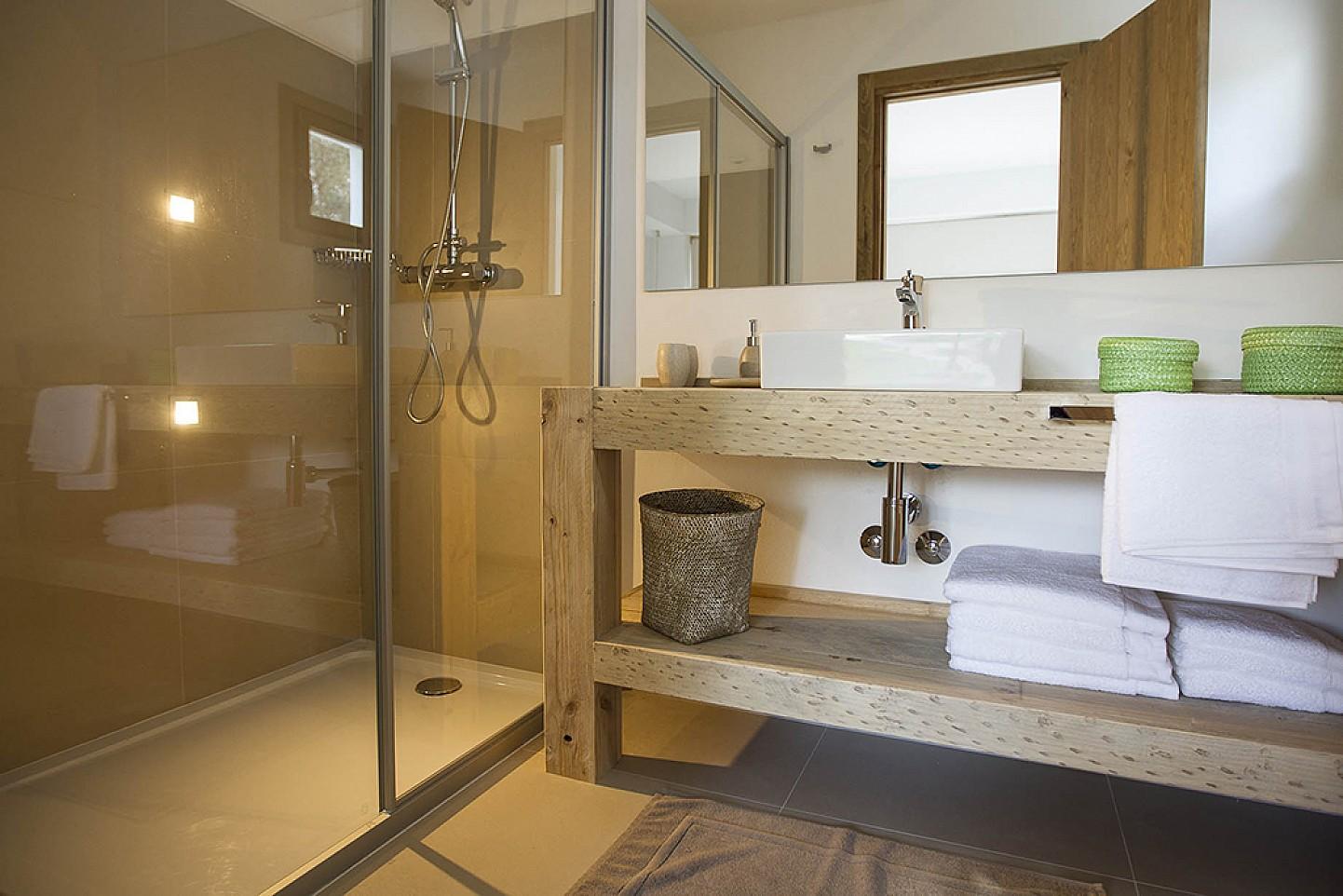 Bany complet amb dutxa