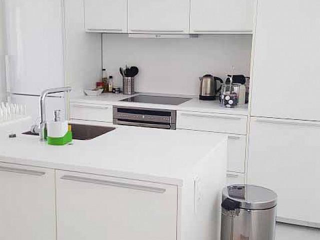Кухня квартиры на продажу в Марина Ботафок