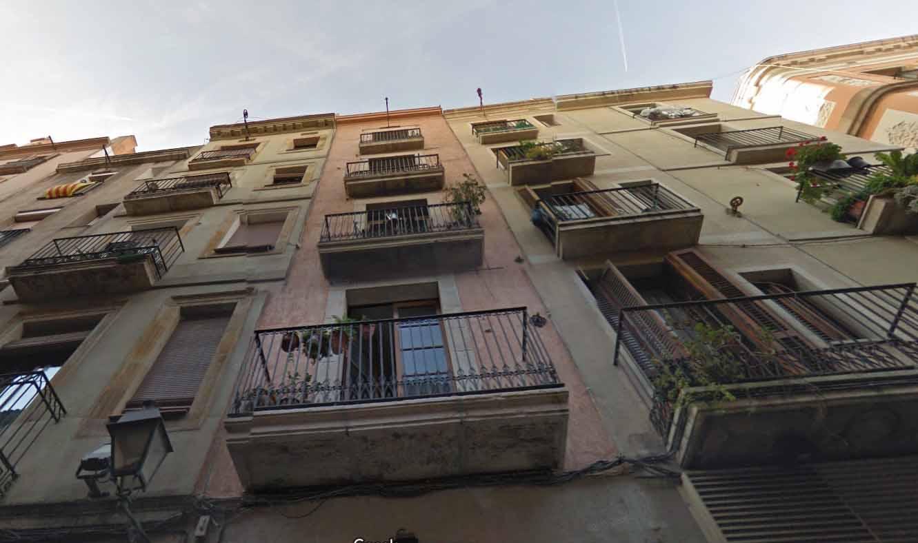 facha de edificio en venta Barcelona