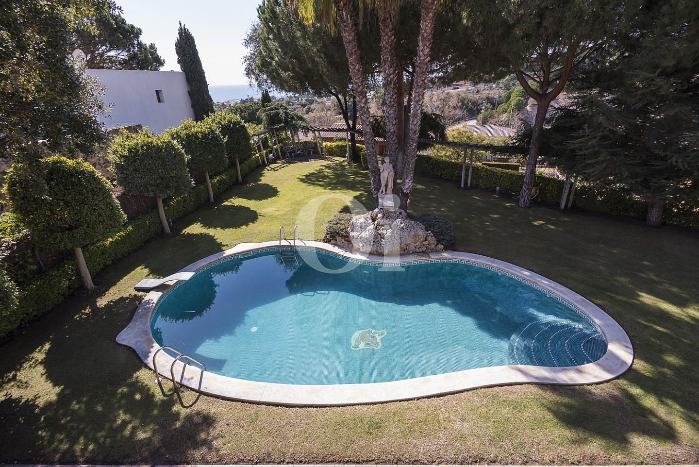 Роскошный бассейн дома на продажу в Кальдес дэстрак, Маресме