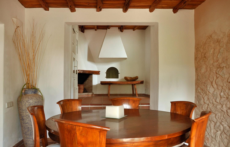 Просторная гостиная виллы в аренду в Сан Агустин
