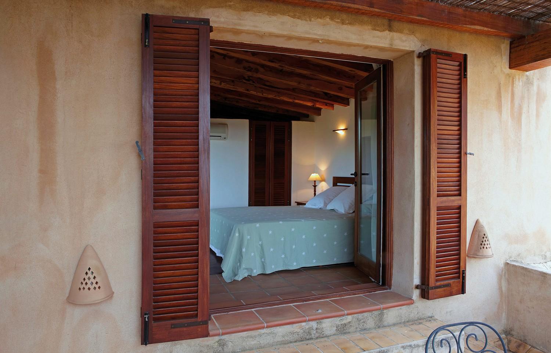 Роскошная спальня виллы в аренду в Сан Агустин