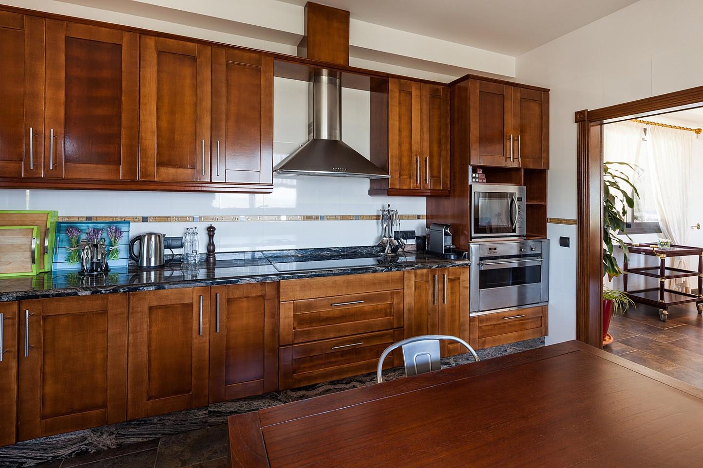 Современная кухня  виллы в аренду в Сан Хосе