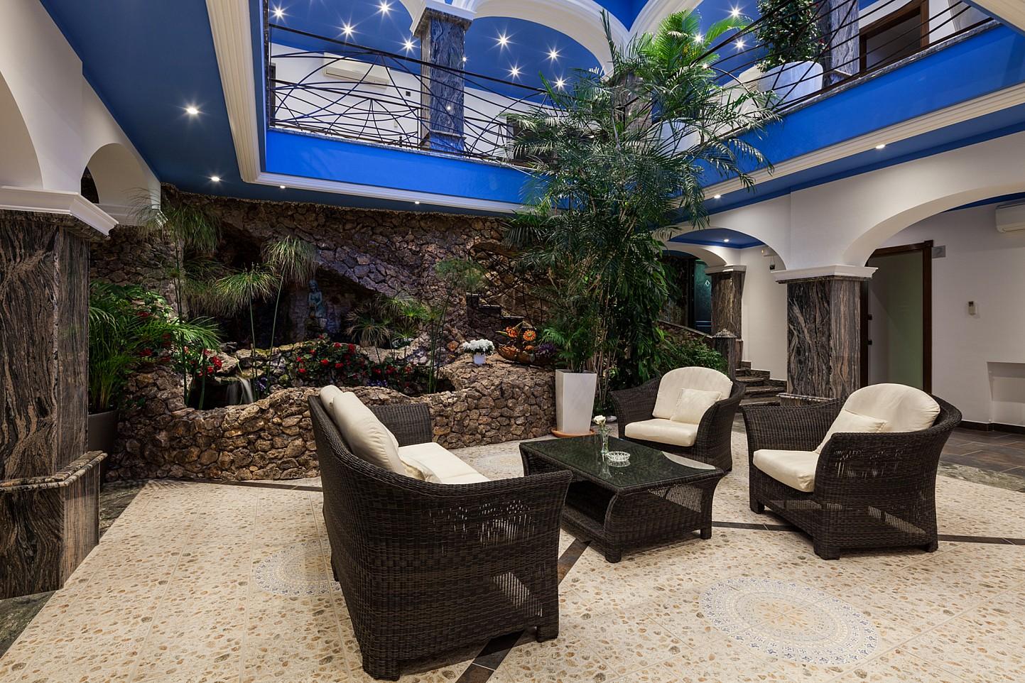 Внутренний дворик виллы в аренду в Сан Хосе