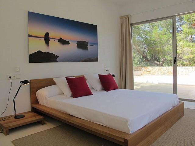 Светлая спальня виллы на продажу в Порройч