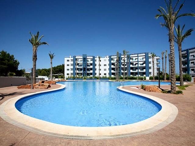 Magnífica piscina comunitaria