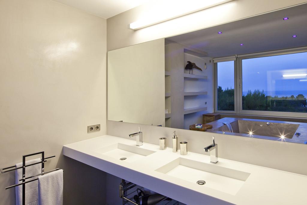 Ванная комната с джакузи виллы в аренду в Vista Alegre