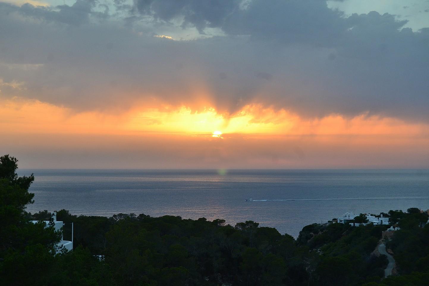 Espléndidas vistas a la puesta de sol desde la casa